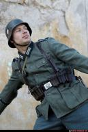 Image from Photo-reference-for-comic-artists.com - 100192010_03_ww2_infantry_throwing_grenade_04.jpg