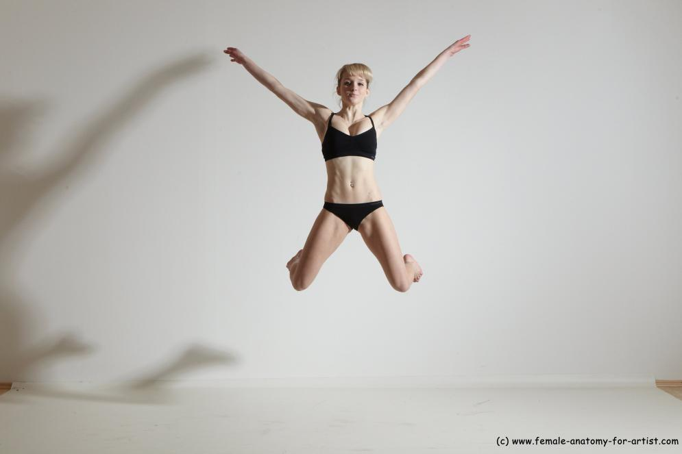 Image from Dynamic Photo References - sophia jumping