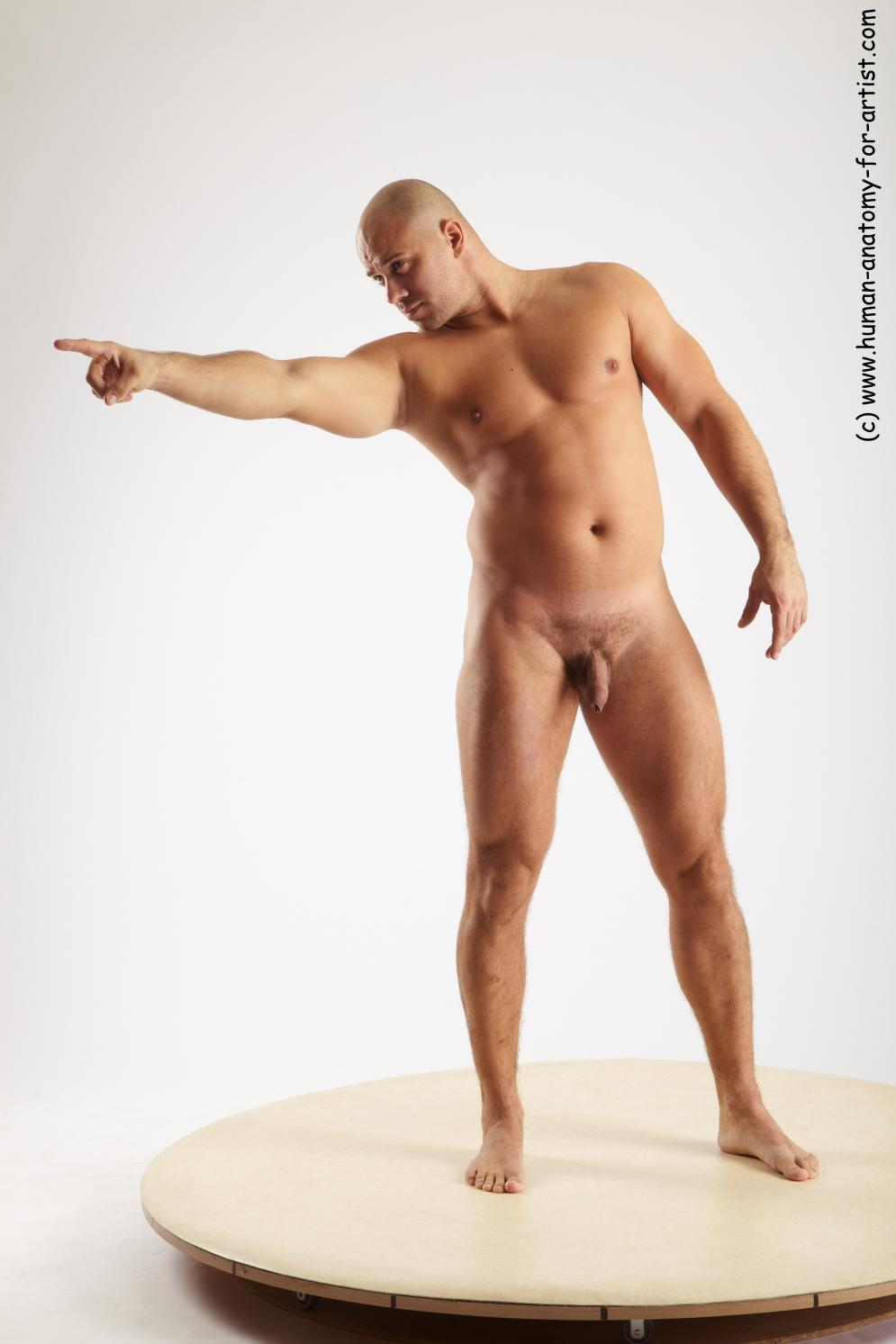 Image from Male sitting poses - ervin_standing_02.jpg