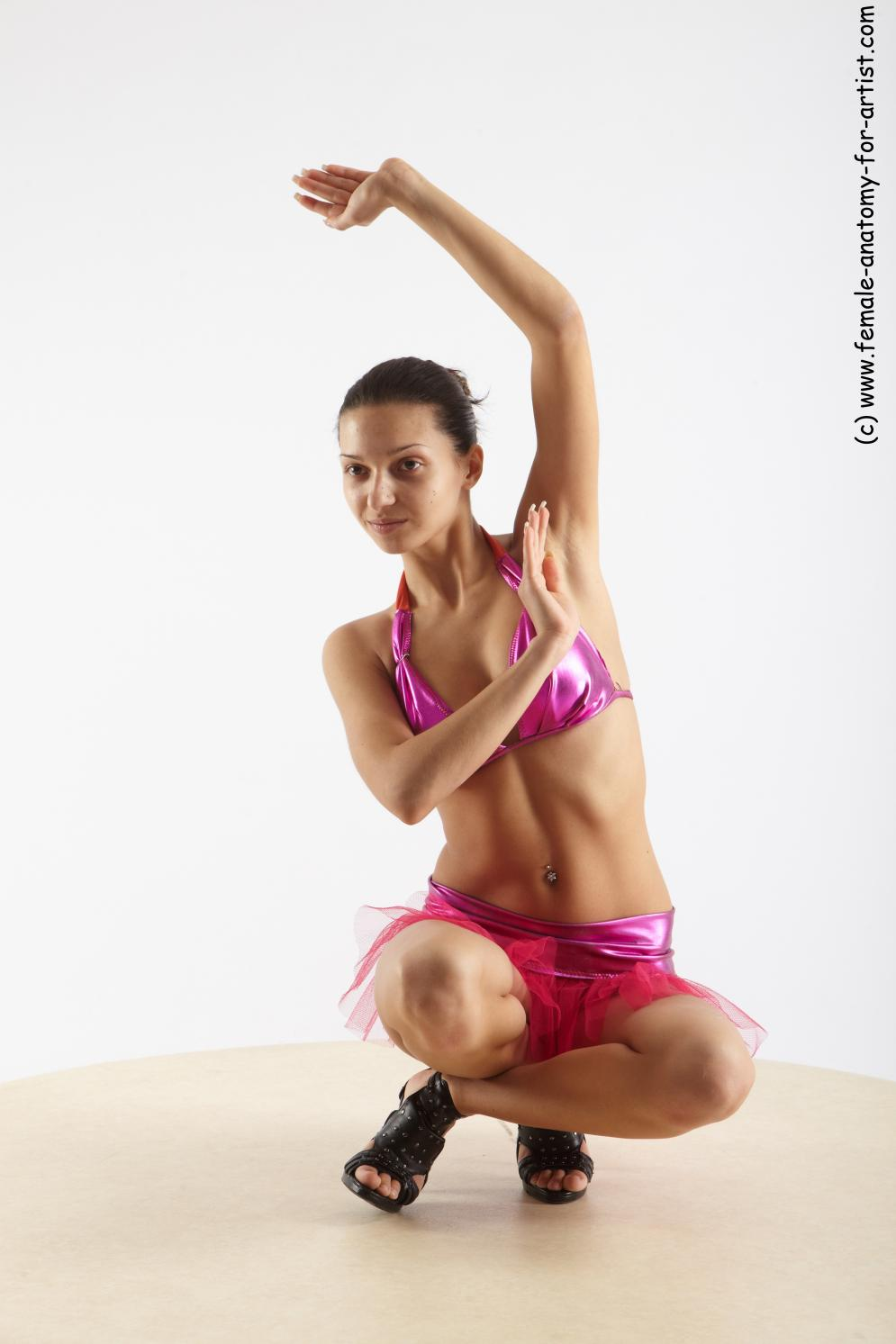 Image from Female dancing poses - hortenzie_09.jpg