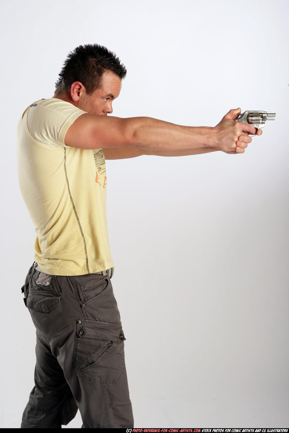 Image from Johnny Shooting Revolver - 9036-2009_12_johnny_aiming_revolver_02.jpg