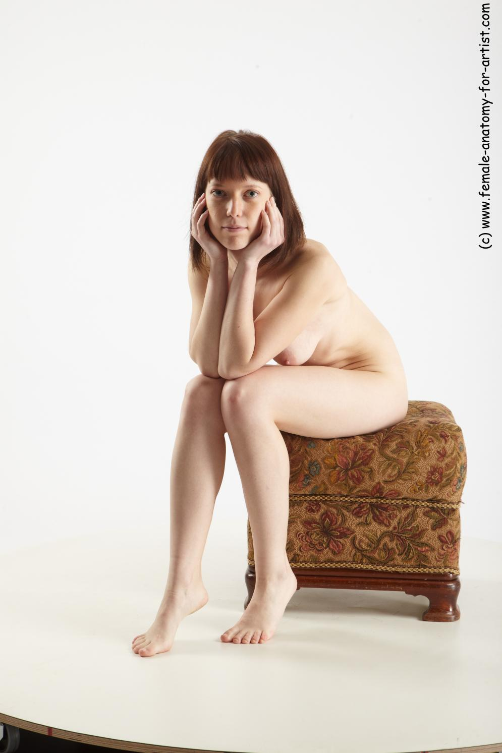 Image from Female sitting poses - nikola_01.jpg