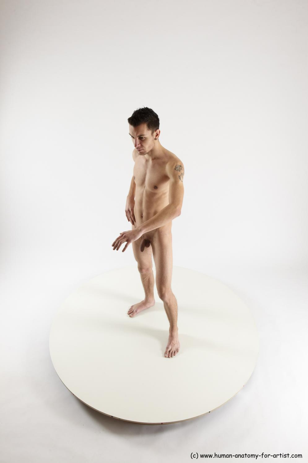 Image from Male sitting poses - roland_standing_02a.jpg